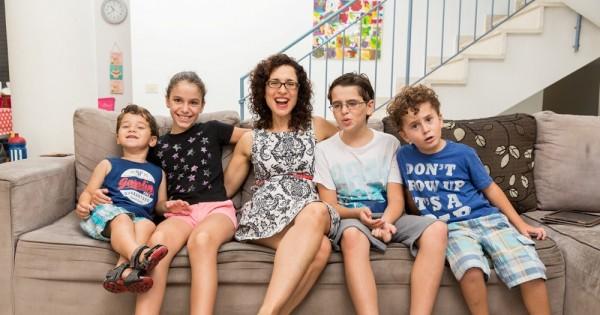 ללמד 4 ילדים לאכול בריא: האתגר של משפחת מבב