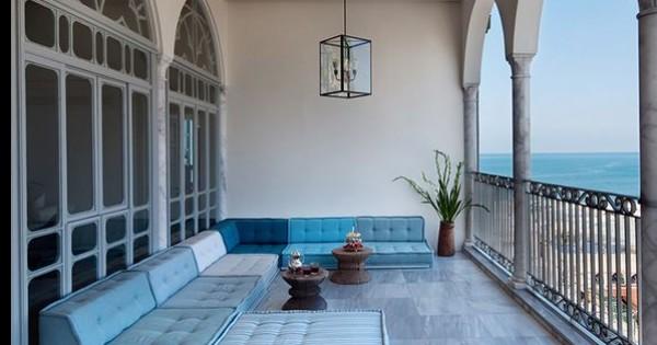 חופשה בסטייל: 10 מלונות בוטיק כחול לבן