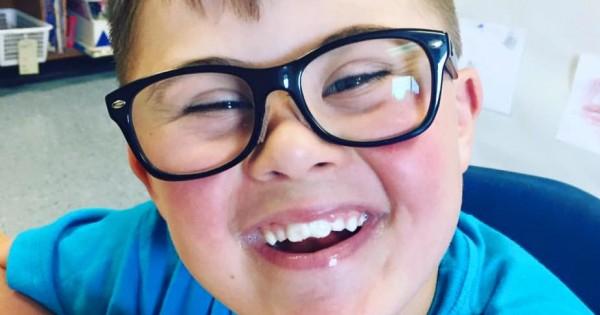 הילד לא הוזמן למסיבת יום הולדת בגלל תסמונת דאון – האמא ענתה במכתב מרגש