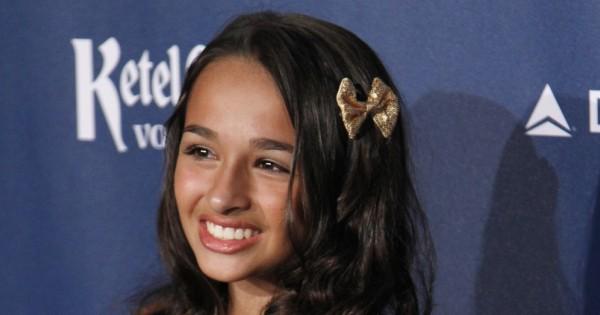 טרנסית בת 14 עם תכנית ריאליטי משל עצמה