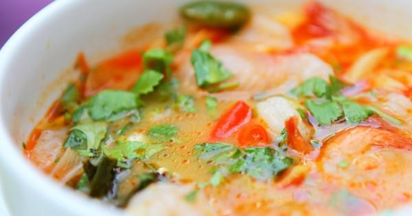 אוכל תאילנדי: ארוחת 3 מנות