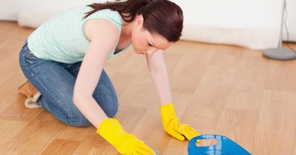 דוח: נשים הן הנפגעות העיקריות מחומרי ניקוי