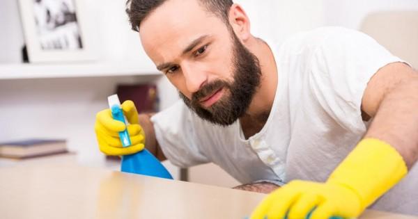לנקות לפסח ללא רעלים, ללא כימיקליים וכמעט ללא כסף