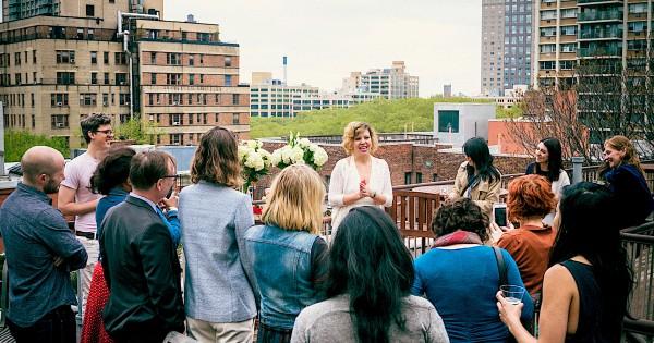 חתונה ללא חתן: שיעור הנשים שבוחרות להינשא לעצמן בעלייה