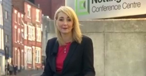 כתבת ה-BBC עוברת הטרדה מינית בזמן שידור