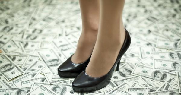 צבע הכסף: לנצח במשחק של העשירים