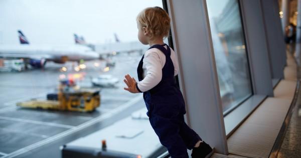 הדרך המושלמת להתמודד עם הסיוט הכי גדול בטיסות