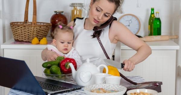 איך לעבוד בבית עם תינוק מבלי להשתגע