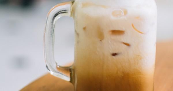 אייס קפה קיצי צונן בלי כפית סוכר