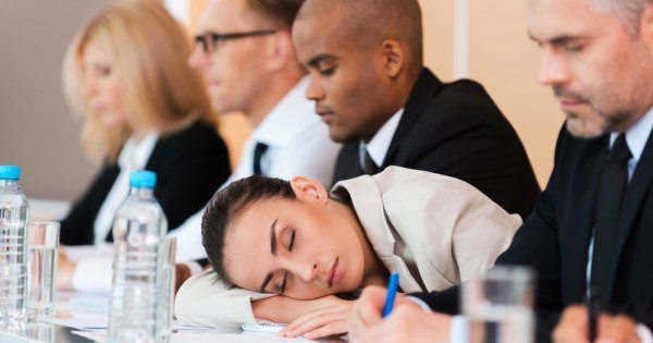 מחקר: נשים זקוקות ליותר שינה מגברים