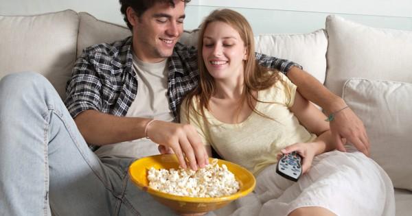 אכילה בהיסח דעת: הקלוריות הבלתי נראות