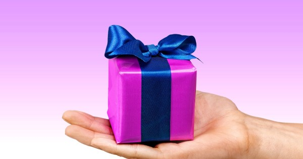 10 מתנות מפתיעות ל-10 אנשים אהובים