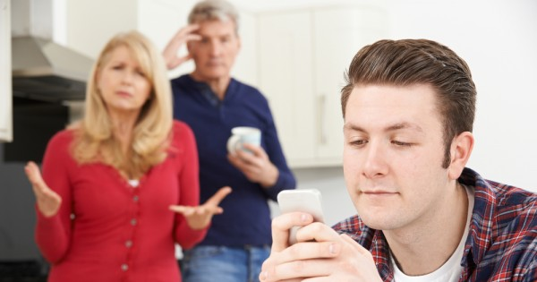 לחזור לגור עם ההורים באמצע החיים