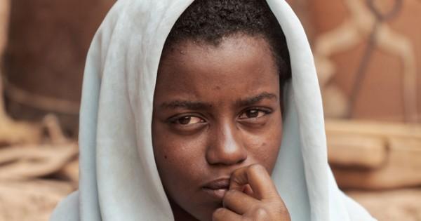 מרוקו: נאנסת בת 17 הציתה את עצמה לאחר שתוקפיה איימו לפרסם תמונות מהאונס