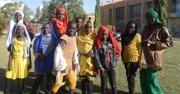 דרום אפריקה: בתולים בתמורה ללימודים