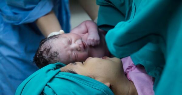 לידה קיסרית טבעית: יש דבר כזה וכדאי לכם מאוד לראות