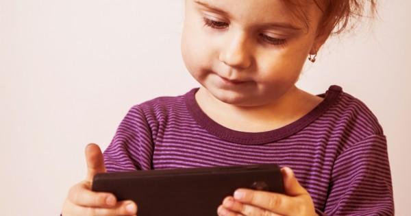 12 עקרונות החינוך המשותפים להורים שגידלו ילדים מצליחים