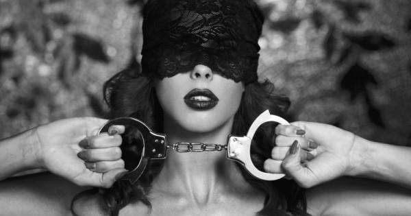 שולטות ונשלטות: הסיפור של נשים בעולם ה-BDSM