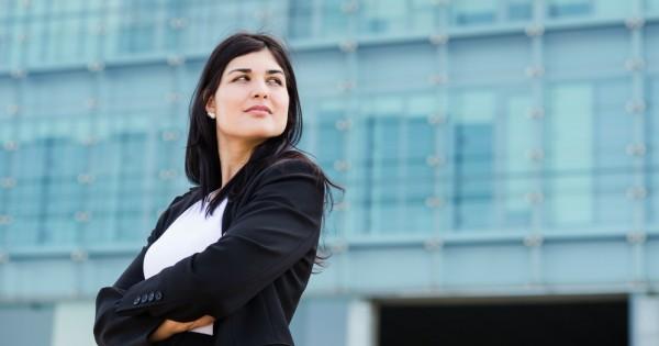 פערי השכר: נשים מרוויחות יותר בשנות ה-20 לחייהן