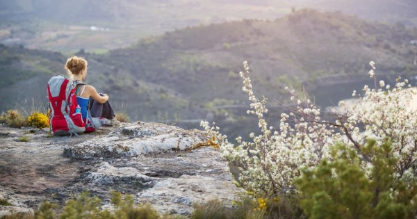 לטייל לבד כאישה: תרמילאיות מספרות