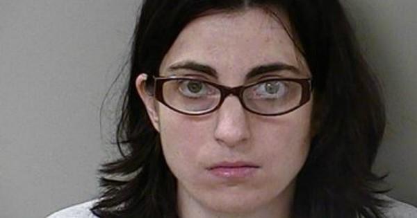 הפלה עצמית: 3 אישומים חדשים לאישה שניסתה להפיל את עוברה
