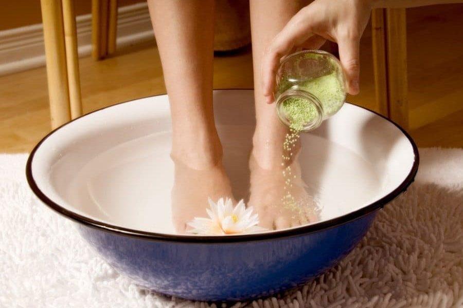 5 חומרי טיפוח מפנקים וטבעיים שקל להכין בבית