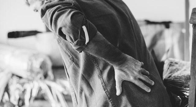 9 כאבים שונים שמאותתים שמשהו לא לגמרי בסדר בגוף שלך