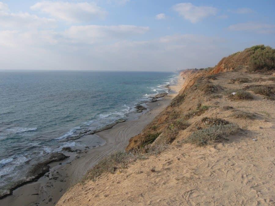 חוף השרון. צילום: אורי (ויקיפדיה)