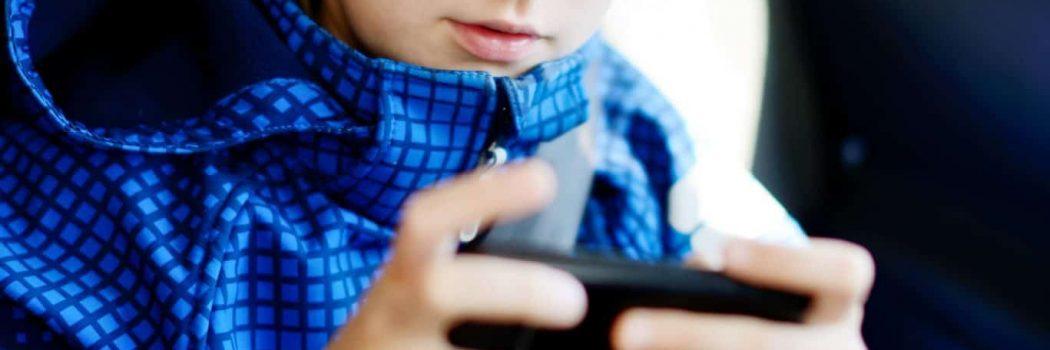 הגבלת פורנוגרפיה לילדים ומתבגרים
