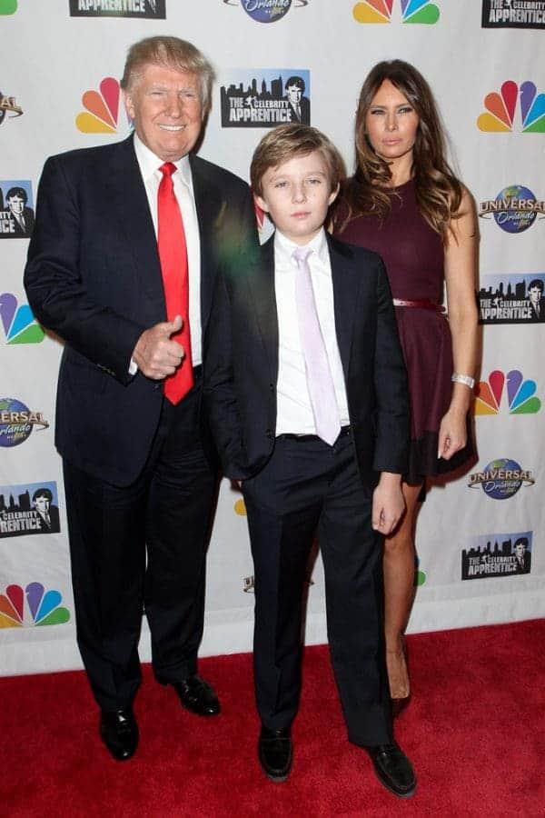 טראמפ, מלניה ובארון. צילום: Shutterstock