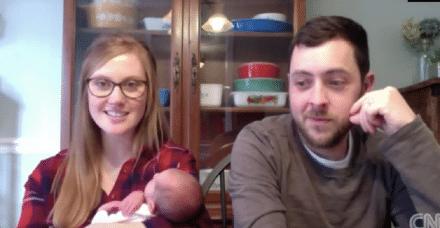 שיא חדש: אמא בת 26 ילדה תינוקת מעובר שהיה קפוא במשך 24 שנה