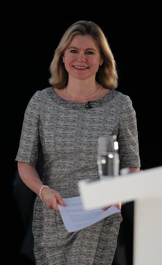 שרת החינוך הבריטית ג'סטין גרינינג. צילום: Shutterstock