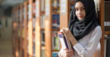 """לימודים והעיר הגדולה: סטודנטיות ערביות מספרות על הקשיים והריגוש במעבר לת""""א"""
