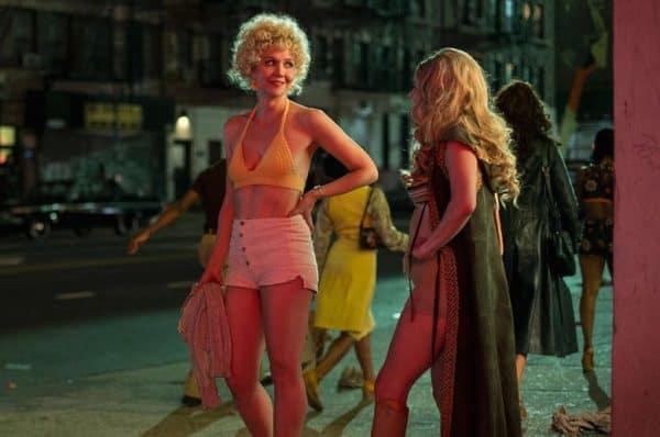 """מגי ג'ילנהול ב""""צמד"""", צילום: פול שילארדי ל-HBO"""