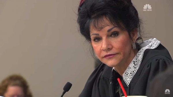 השופטת רוזמרי אקווילינה. צילום מסך