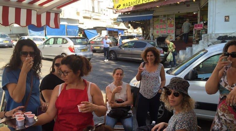 סיור טעימות בשוק תלפיות – חיפה