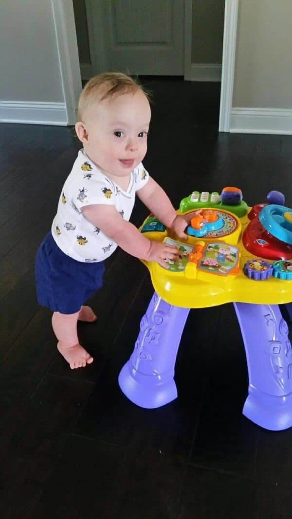 תינוק השנה של גרבר עם תסמונת דאון, לוקאס וורן. באדיבות גרבר