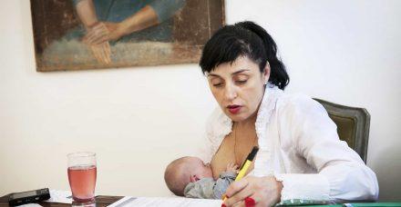לכל אמא צריכה להיות את הבחירה האם להניק או לא