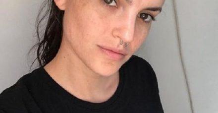 עדי אולמנסקי: כוכבת הפופ הישראלית שהפסיקה לפחד ממה שמסתתר מתחת לאיפור