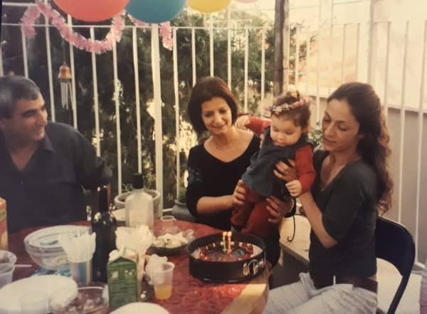 אורנה פיטוסי בחגיגת יום הולדת שנה לבתה, 2006