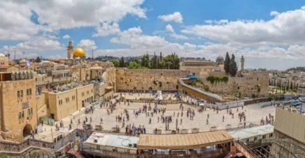 במשך שנים רבות התרחקתי מחגיגות יום ירושלים אבל היום אני לא מוכנה לוותר עליהן