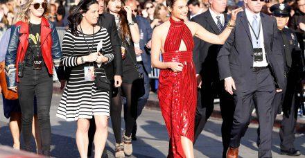 בלי עקבים: איך לאמץ בסטייל את הטרנד ששוטף את הוליווד ועולם האופנה