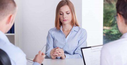 1 מכל 3 נשים מסירה את טבעת הנישואין מאצבעה לפני ראיונות עבודה