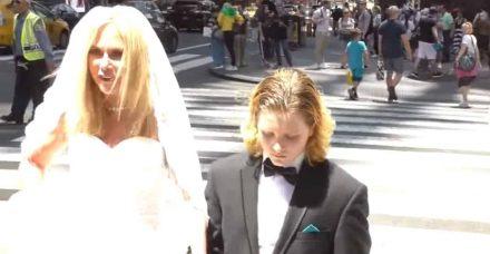 נישואי קטינים: כשבת 50 מתחתנת עם בן 12 בטיימס סקוור