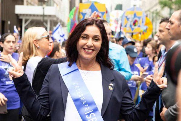 מירי רגב בראש מצעד ההזדהות עם ישראל בניו יורק. צילום shutterstock