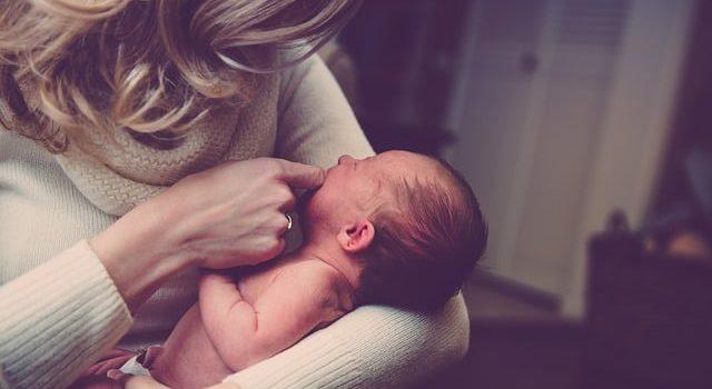 תינוק רך נולד