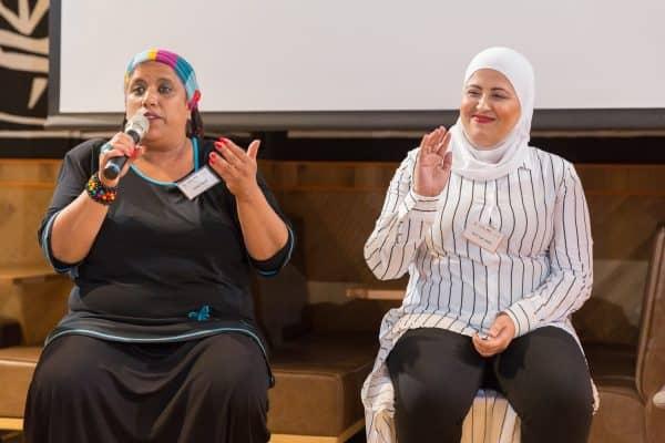 אסנת שעיבי ומנאר אבו-דחל. צילום: בני גם זו לטובה