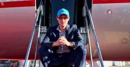 לטוס כמו מלכים במחיר הגיוני: כך משנה יזם בן 21 את ענף התעופה העולמי