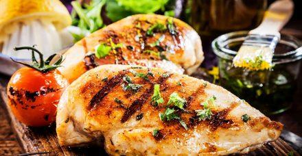 בהמלצת הדיאטנית: מתכון לחזה עוף בלסמי ברוזמרין
