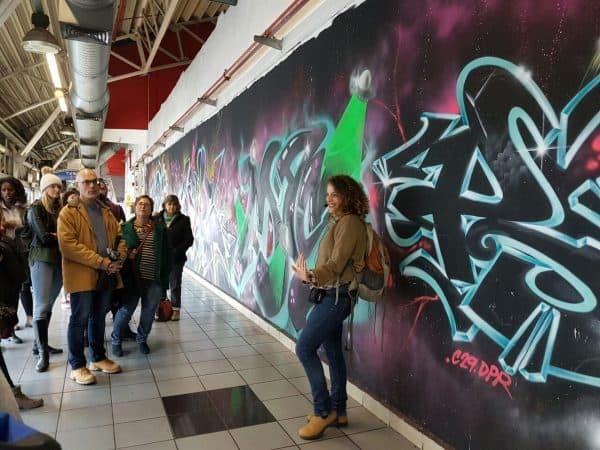 מיכל קרק בסיור הגרפיטי נעים להקיר, צילום: יוליה פריליק ניב
